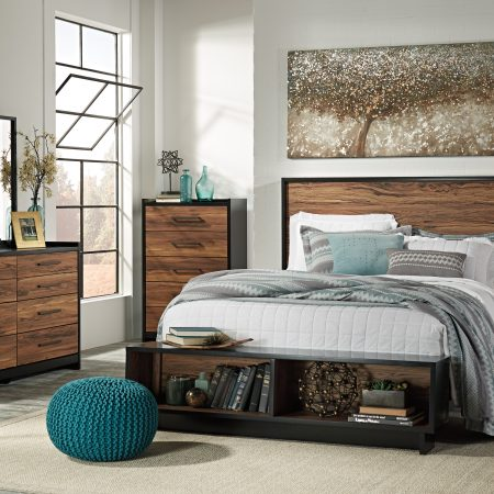 Ashley Stavani Queen Bedroom Set With Storage Bench In Houston